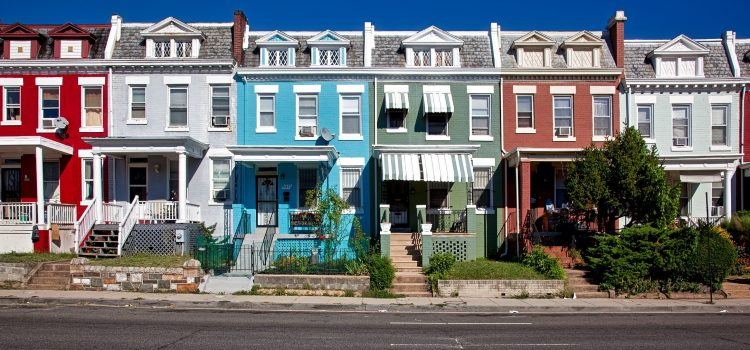 """Is Getting into your """"Dream"""" Neighbourhood Doable?"""